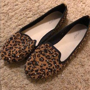 Top shop leopard spiked flats